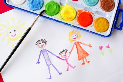 kids-drawing-of-a-family