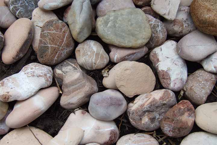 rocks-freeimages-com-TALUDA