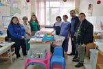 """Първите дарения от събраните капачки бяха предоставени на МБАЛ """"Рахила Ангелова"""" в Перник"""