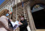 Над 17 000 поискаха оставката на министър Ананиев заради бъдещата детска болница